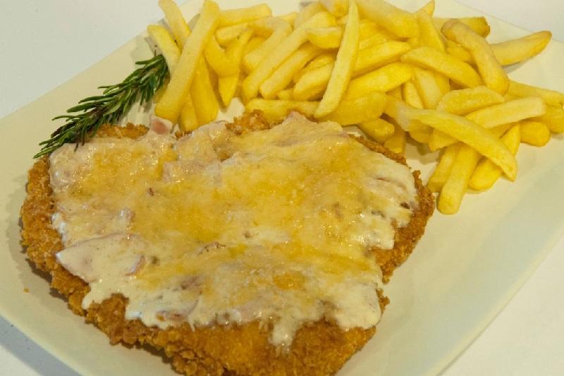 Schnitzel Carbonara