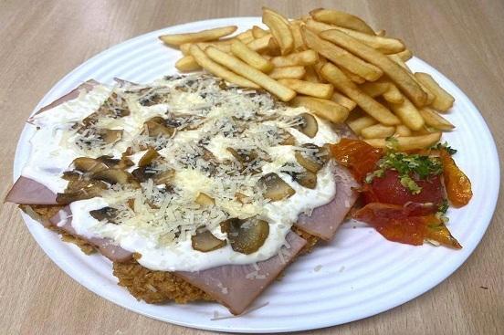 Schnitzel Carbonara e Funghi